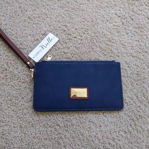 Simply Noelle wallet